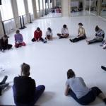 Tanec a architektura na společné téma Cirkulace _ Kulatý stůl jako prostor kontextualizace